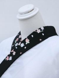 黒系・刺繍襟